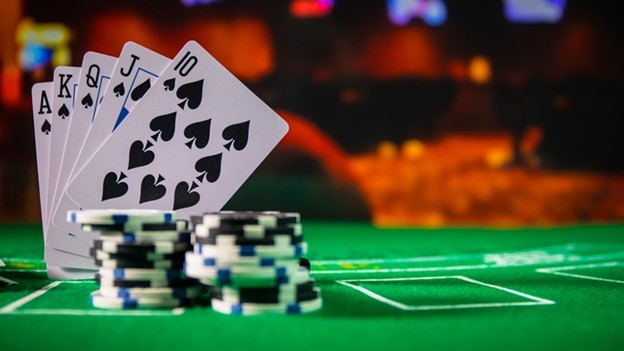 What You Should Know Before Playing Poker
